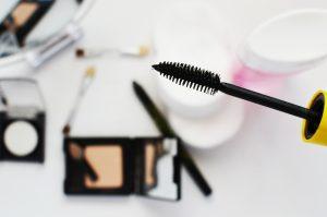 Dry Eye Disease and Makeup - Bellaire Eye Doctor